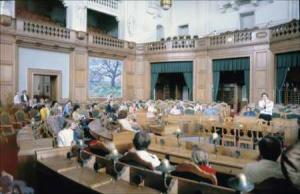 Folketingssalen set fra ministersæderne