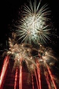 Fireworks3_NYE2005-Size_399