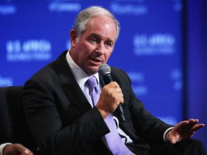 blackstone-group-ceo-stephen-a-schwarzman-got-his-ba-in-1969-and-was-a-member-of-skull-and-bones-at-the-same-time-as-george-w-bush-schwarzman-later-served-as-an-adjunct-professor-at-the-yale-school-of-management